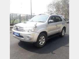 Toyota Fortuner 2009-2011 3.0 Diesel, 2010, Diesel