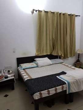 Vaishali Studio Furnished Room With Food Independent Room n Handloom