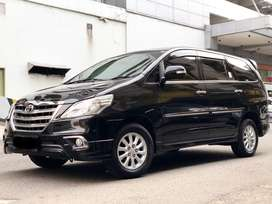 GRAB IT FAST! TOYOTA KIJANG INNOVA 2.0 V LUXURY AT 2014 HITAM