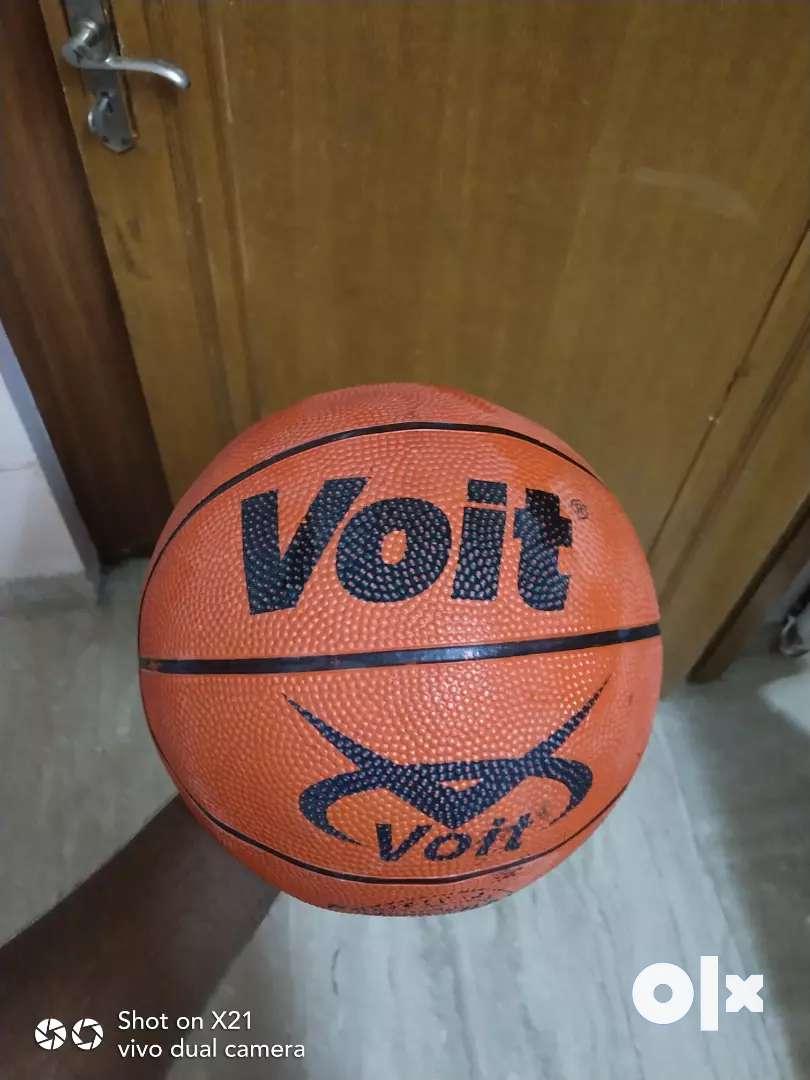Basketball court branded 0