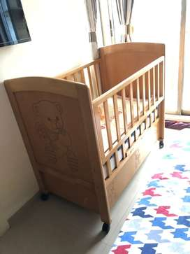Baby cot for 1-5yr old