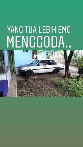 Dijual Slow Toyota Corona 84