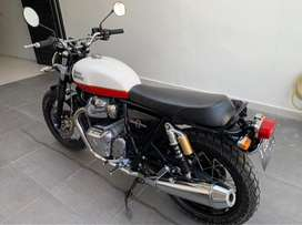 Royal Enfield Interceptor triumph harley