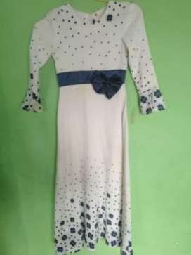 Dress remaja untuk kondangan