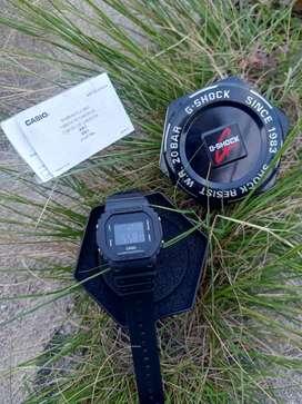 Jam tangan Casio g shock lengkap kotak,buku,jam nya tahan air loh