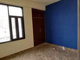 1 bhk semi furnished flat near yatharth hospital