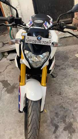 BMW G310r top condition