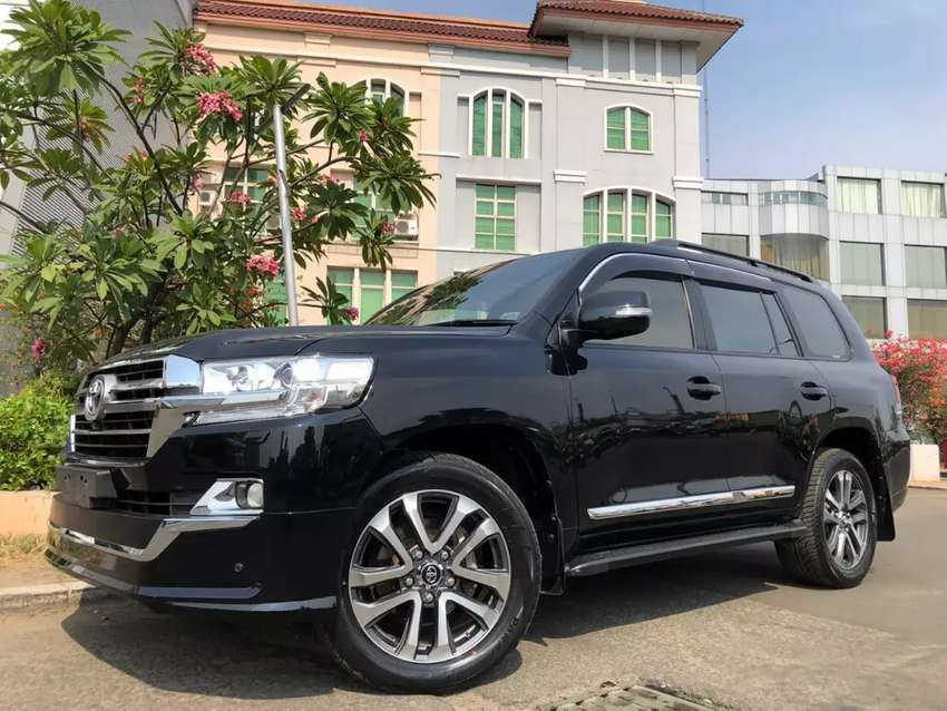 Land Cruiser 4.5 Diesel UK 2013 Rubah New Model 2019 Black Miles30rb 0