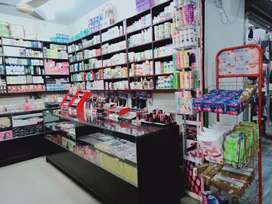 10×10 cosmetics shop for sale
