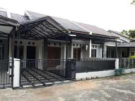 Disewakan Rumah Jalan Sudirman 2 menit ke  bandara, lokasi strategis