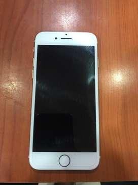 i phone 7 unused + i pods original complimentary