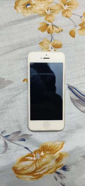 Good condition iphone 5