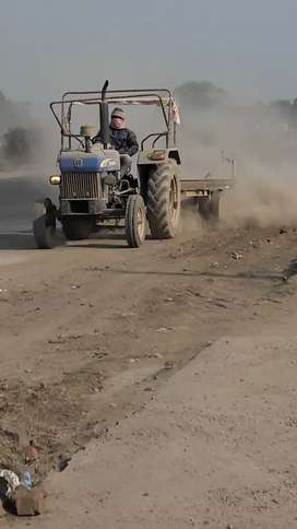 Road cleaning machine cum boomer on rent