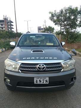 Toyota Fortuner 3.0 4x4 Manual, 2011, Diesel