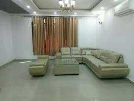 MODERN BUILT SPACIOUS 3 BHK FOR RENT