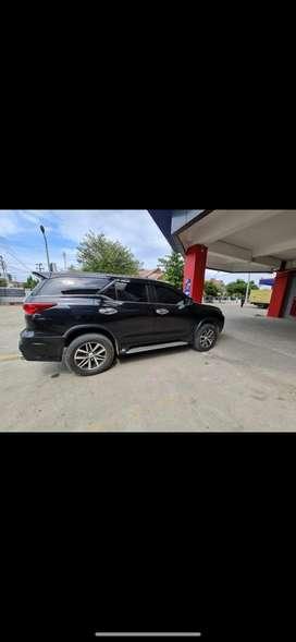 Toyota fortuner 4x4 VRZ