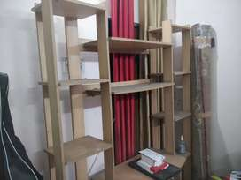 Rack for drawing room