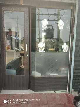 Jeweler shop for sale very good condition