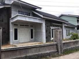 Rumah Mewah Tanah Luas 1.400 m2 di Jalan Riau dekat Mall Ciputra