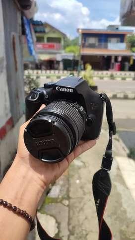 Kamera canon 1300D kit 18 55mm