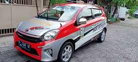 Mobil Toyota Agya 2015 merah