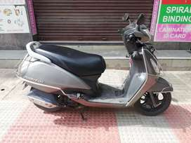 Auto india tvs jupiter 16 gray colour 1 owner Excellent condition