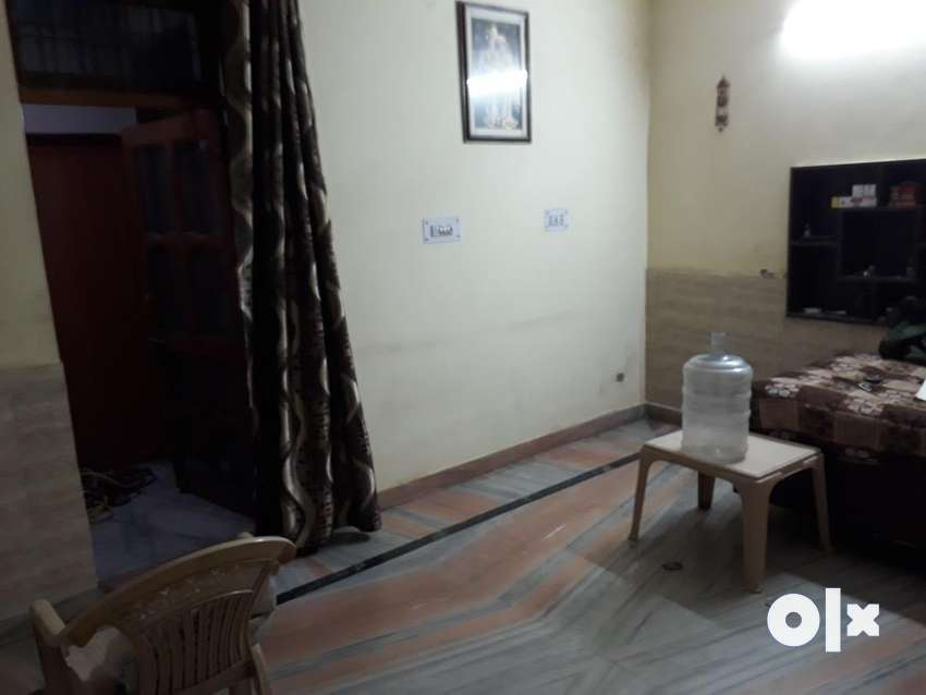 Independent house for rent at main road 0