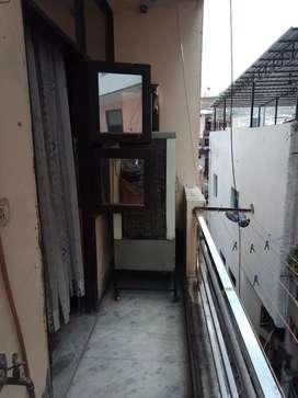 My floor sell 2 Bedrooms 1 hall 2 washrooms