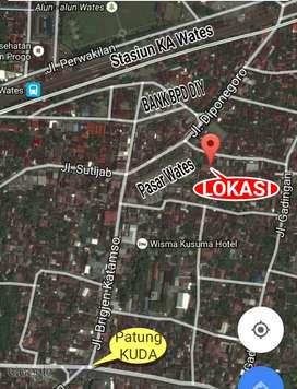 Kontrak Rumah Kota Wates 3 kamar + AC, Timur Pasar Wates. 12jt/th