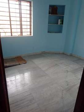 2bhk flat with 2 toilet north west facing fully furnished up for rent