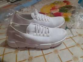 Shoes latest brand