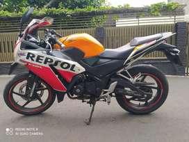 Honda CBR 150 Repsol 2015