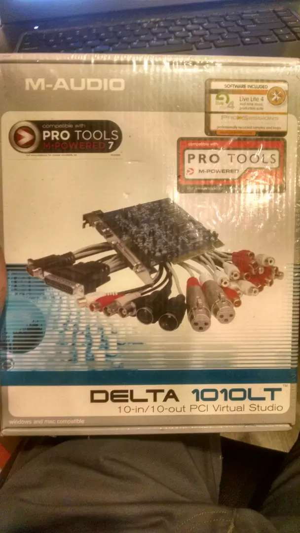 Professional Audio card with software cd with complete box 0