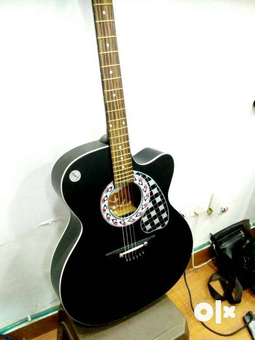 Semi electric acoustic guitar 0