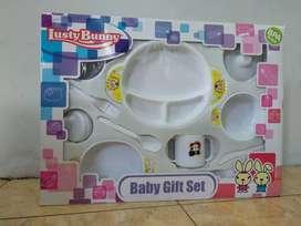 Tempat makan bayi 'Lusty Bunny'