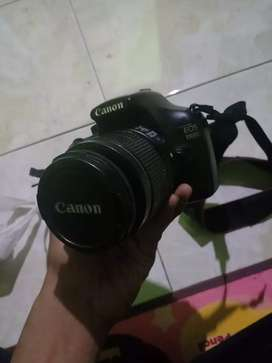 Jual kamera Canon 1100D