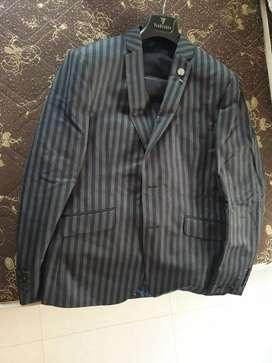 Van Heusen 3 piece suit