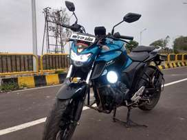 Single handed excellent condition FZ25