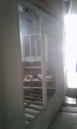 2 jendela kamper bekas 160x60 tanpa kusen bogor