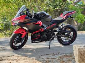 NINJA 250 ABS MERAH - HITAM (like new)