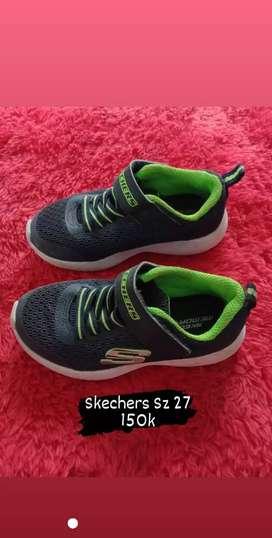 Sepatu Skechers Ori Preloved