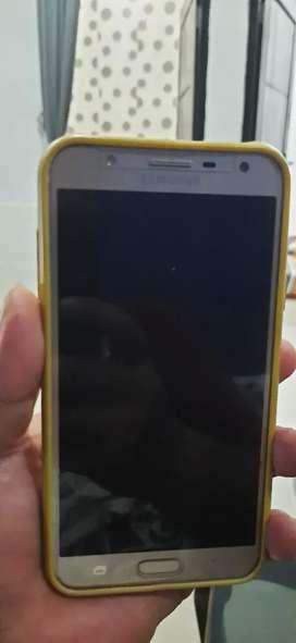 Samsung J7 core 2/32