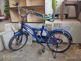 Bsa toonz 14 inch kids cycle good working condition