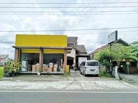 Dijual Rumah Bonus Tana Luas Tepi Jalan Raya di Jl. Wonosari Km.10