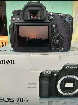 EOS Canon 70D SC rendah