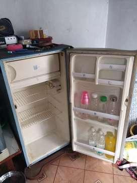 Companey Whirlpool fridge