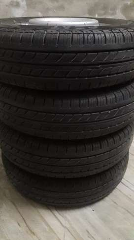 Ceat brand new tyres 12 inch tubeless tyres