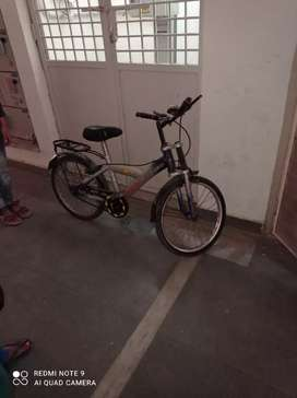 Hercules Junior Cycle,good condition, only tyre be changed