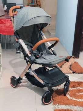 Dijual EX Kado Stroller Baby Does ESMIO GOLD (belum pernah dipake)