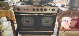 2 year used cooking range for sale